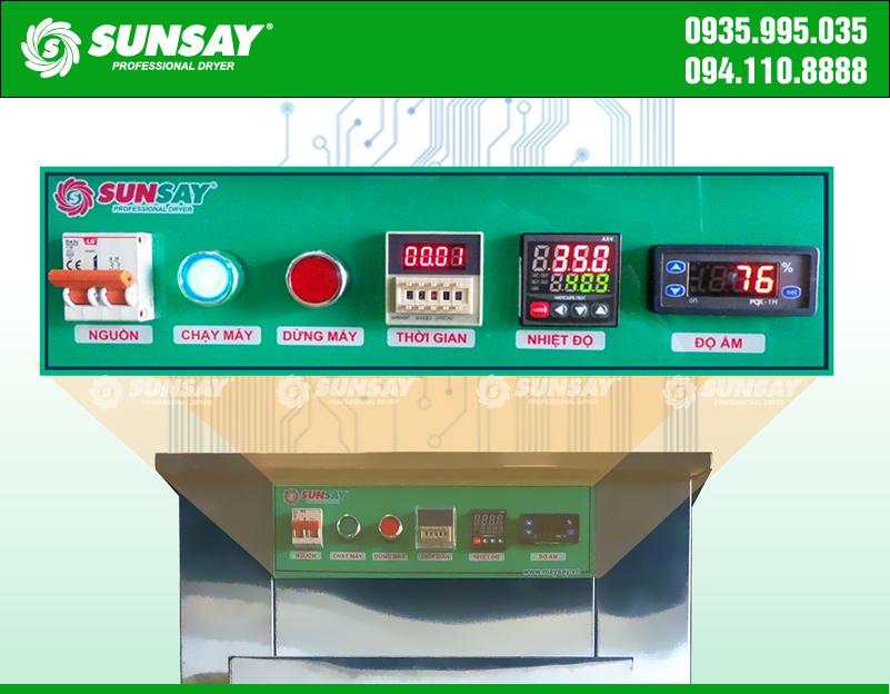 Máy sấy lạnh SUNSAY cài đặt chế độ nhiệt phù hợp, an toàn khi sấy kiwi tươi